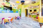 Нощувка за двама + 3 басейна в Комплекс Естебан, Несебър. Дете до 12г. БЕЗПЛАТНО