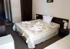 Нощувка на човек със закуска + басейн в семеен хотел Кандрови, на 50м. от плажа в Созопол