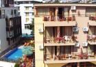 Нощувка на човек със закуска + басейн в семеен хотел Кандрови, на 50м. от плажа в Созопол, снимка 6
