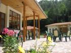 Нощувка в самостоятелни къщички за 8 човека + басейн в Комплекс Орлова скала край Етрополе - с. Лопян, снимка 3
