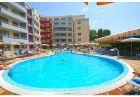 Нощувка за двама, трима или четирима + басейн в Комплекс Централ Плаза, Слънчев бряг