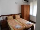 Нощувка на човек със закуска + басейн в семеен хотел М1, Приморско, снимка 3