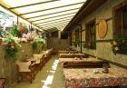 Релакс център с ГОРЕЩА минерална вода + 20 лечебни процедури в Стрелча. 5 нощувки, закуски, обеди*, вечери в Митьовата къща