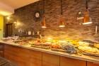 Нощувка на човек със закуска и вечеря + 2 басейна в хотел Сънрайз, Приморско, снимка 10