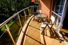 Нощувка на човек със закуска и вечеря + 2 басейна в хотел Сънрайз, Приморско, снимка 15