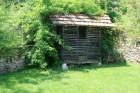 Нощувка за 7+2 човека +лятно барбекю, просторна градина и още в къща Пчелина край Крушуна - с. Кърпачево