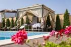 Нощувка на човек със закуска и вечеря + лечебен масаж + басейн и релакс пакет в Хотел Вила Амброзия, Черноморец