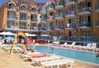 Лято 2019 на 50м. от плажа! Нощувка на човек на ТОП цена + басейн от Хотел ХИТ, Равда, снимка 2