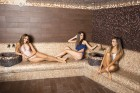 Делник в Девин! 2 нощувки на човек със закуски + минерален басейн и СПА в хотел Персенк*****, снимка 6