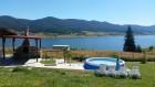Нощувка за 8 човека + басейн, барбекю и трапезария САМО за 80.00 лв. в къща Райската вода на брега на язовир Доспат - Сърница