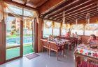 Юни на 70м. от плажа в Созопол! Нощувка на човек със закуска или закуска и вечеря + басейн от хотел Аполис***, снимка 8