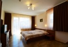 Нощувка на човек със закуска + релакс зона в хотел Йола, Чепеларе, снимка 4