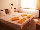 Нощувка на човек със закуска и вечеря по избор + напитки и басейн в семеен хотел Слънце VIP зона, на 100 м. от плажа в Созопол, снимка 4