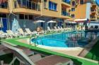 Нощувка на човек със закуска + отопляем басейн в хотел Дара***, Приморско, снимка 3