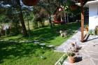 Нощувка за 6 човека + лятно барбекю, китен двор и още в къща Маркиза в Калофер, снимка 2