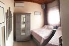 6+ нощувки в самостоятелна вила за до 6 човека с джакузи, на 60м. от морето във Вила Ивет, Паралия Офринио, Гърция, снимка 2