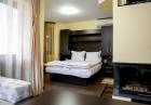 Лято в Огняново! Нощувка на човек със закуска и вечеря + топъл външен и вътрешен минерален басейн в хотел СПА Оазис, снимка 5