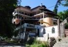Нощувка на човек със закуска, обяд* и вечеря + басейн в Семеен хотел Илинден, Шипково до Троян.