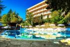 Нощувка на база All Inclusive light + басейн в Хотел Вежен,  к.к. Чайка, Златни пясъци