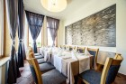 Юли и Август в Павел Баня! Нощувка на човек със закуска, обяд и вечеря + релакс зона в хотел-ресторант Аризона