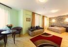 Лято в Арбанаси! 2 нощувки на човек със закуски и  вечеря + басейн и шезлонг в Рачев хотел Резиденс****  Арбанаси