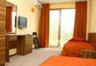 3, 5 или 7 нощувки със закуски, обеди и вечери + панорамен басейн и шезлонг в Хотел Русалка 3*, Китен