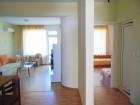 Септември в Свети Влас! Нощувка в апартамент за четирима или шестима + басейн в комплекс Марина Бей, на 50м. от морето, снимка 7