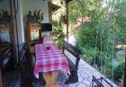 Нощувка за 10 човека + голям и малък басейни, зоокът и детски кът в самостоятелна къща Руен в Троян, снимка 6