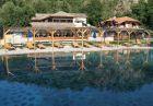 Нощувка на човек със закуска и вечеря + минерален басейн и релакс зона в хотел Петрелийски, Огняново