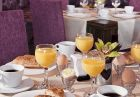 Нощувка на човек, закуска и  вечеря + басейн и релакс зона в луксозния хотел Сейнт Джордж Ски & Холидей****, Банско!