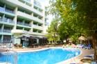 All Inclusive light + басейн само за 69.50 лв. в Хотел Перуника***, Златни пясъци на 150м от плажа