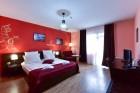 Нощувка на човек със закуска и вечеря + басейн с хидромасаж в хотел Ида***, Банско, снимка 3