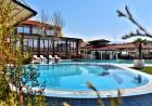 ТРИ нощувки на човек със закуски, детоксикираща терапия + 2 минерални басейна и СПА пакет от  Спа хотел Езерец, Благоевград, снимка 3