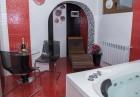 Нощувка на човек със закуска и вечеря + релакс зона с МИНЕРАЛНА вода от Семеен хотел Емали Грийн, Сапарева баня, снимка 12