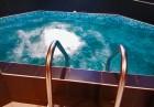 Почивка в Сапарева баня! Нощувка на човек със закуска + джакузи, сауна и парна баня в къща Релакса