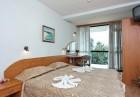 Нощувка на човек със закуска и вечеря + басейн в Парк хотел Бриз***, Златни пясъци! Дете до 12г. - БЕЗПЛАТНО!, снимка 7