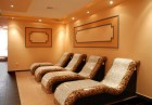 Почивка в Сапарева баня! Нощувка на човек със закуска в къща за гости Джули + 3 МИНЕРАЛНИ басейна и СПА зона в Аква клуб Котвата, снимка 26