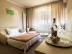 Нощувка на човек със закуска + минерален басейн и СПА зона само за 45 лв. в Парк Хотел Кюстендил, снимка 10