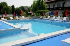 Лято в Царево на 80 метра от плажа! Нощувка на човек + басейн само за 17 лв. в Хотел Панорама, снимка 2