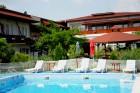 Лято в Царево на 80 метра от плажа! Нощувка на човек + басейн само за 17 лв. в Хотел Панорама, снимка 3