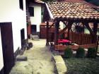 Нощувка за 6+2 човека + барбекю и механа в къща Драгия край Троян - с. Чифлик