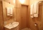 Нощувка на човек със закуска + 2 басейна с минерална вода в хотел Севън Сийзънс, с.Баня до Банско, снимка 21
