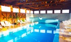 Нощувка на човек със закуска + 2 басейна с минерална вода в хотел Севън Сийзънс, с.Баня до Банско, снимка 6