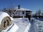 Нощувка за до 14 човека + 2 механи в Огнянова къща край Габрово - с. Горнова могила
