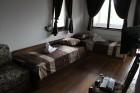 Нощувка за 9 или 18 човека + трапезария с камина, барбекю в Каменните къщи край Елена - с. Яковци, снимка 17