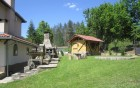 Нощувка за до 10 човека + просторна дневна с камина, 2 барбекюта в къща Бояджиеви в Априлци, снимка 4