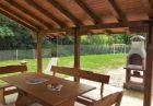 Нощувка за 11+1 човека + трапезария, малък футболен терен и детски кът в къща Балкански рай край Елена - с. Дрента, снимка 4