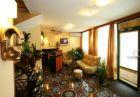 Нощувка на човек в хотел Колор, Варна, снимка 5