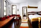 Нощувка със закуска на човек в хотел Аркан Хан, Триград