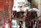 Нощувка на човек със закуска само за 20 лв. в хижа механа Весело на село, във Вилно селище Свети Влад, край Иракли